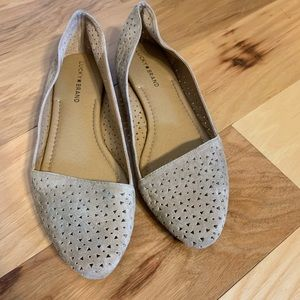 Lucky brand triangle cut out suede flats. 10